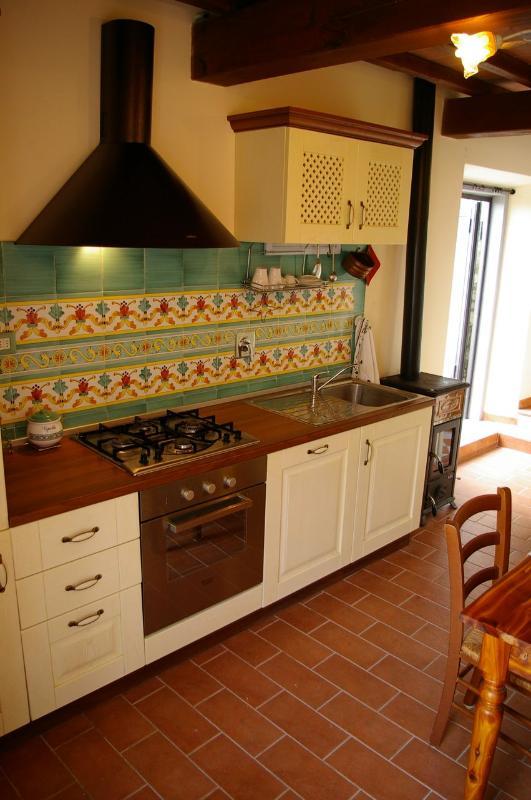 Particolare della cucina #villatorredicolonne #fiesolerentals