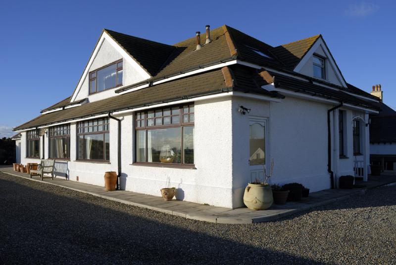 Trearddur House
