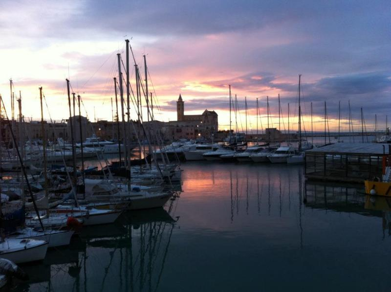 Boat & Breakfast ELVIRA, holiday rental in Trani