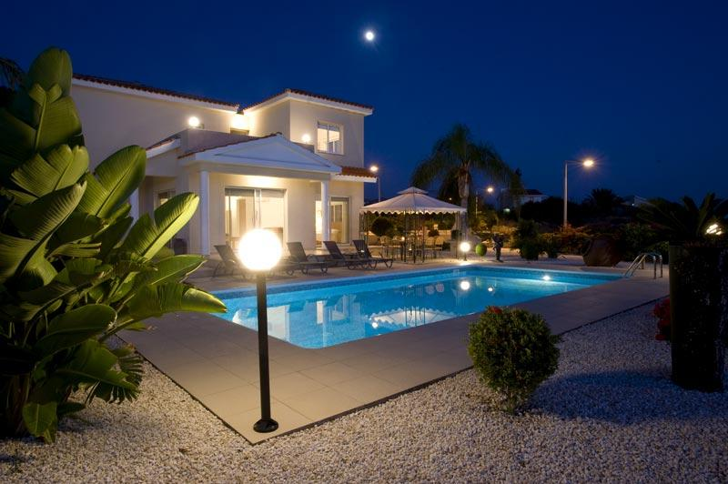Villa in Moonlight