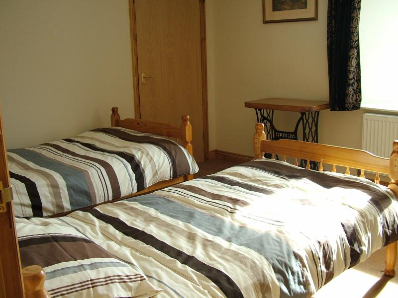 Twin Bedroom. Nice bright room with great views