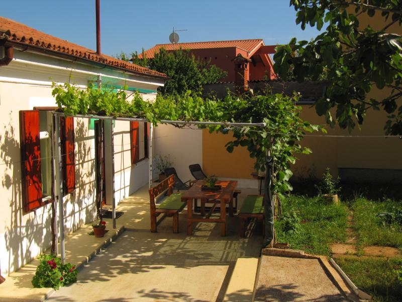 House Relax *** perfect for pets, vacation rental in Pula