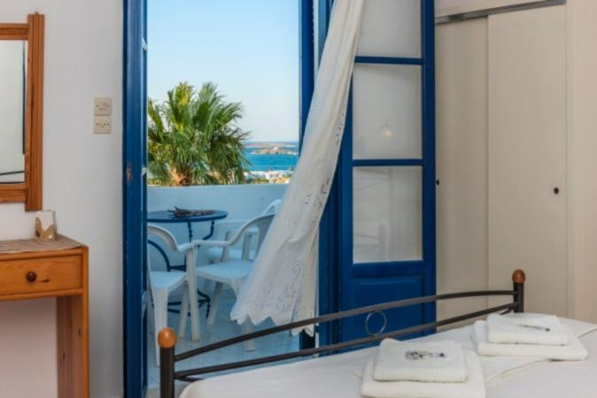 Family Apartment with Sea View, holiday rental in Naoussa