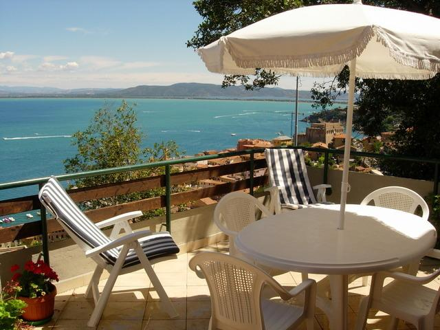 Villa Argentario: Fantastic 4 bedroom villa,WIFI, aluguéis de temporada em Porto Santo Stefano