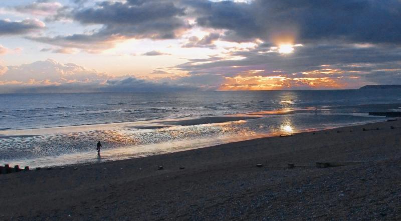 Puesta de sol en la playa de Bexhill