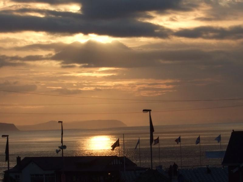 The sun goes down on the NW200