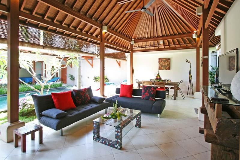Coconut Villa, Central Sanur, location de vacances à Sanur