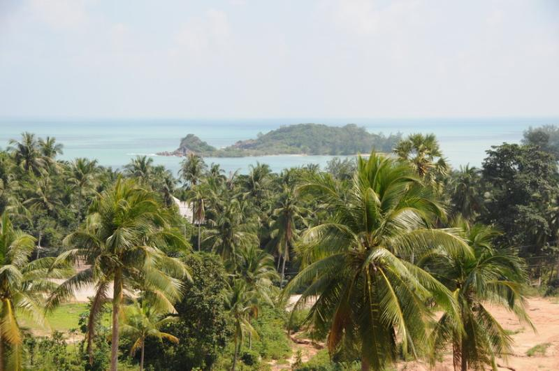 View overlooking the island in Cheong Mon Bay