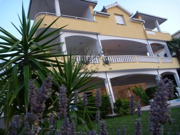 Apartments Kasalo Trogir