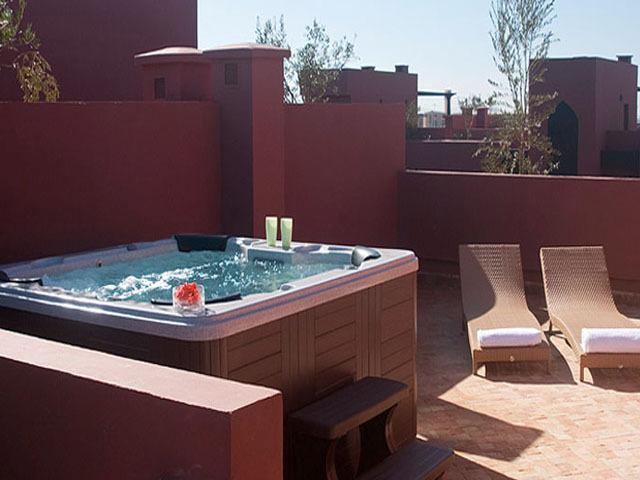 Jacuzzi on rooftop terrace