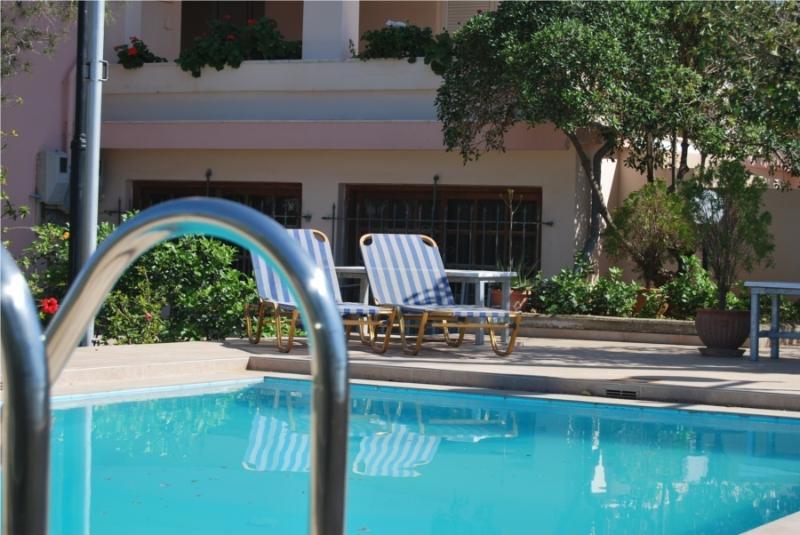 Achilleas Suite - Pool