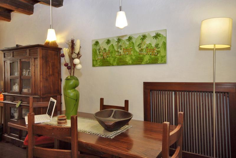 dining area/dining area