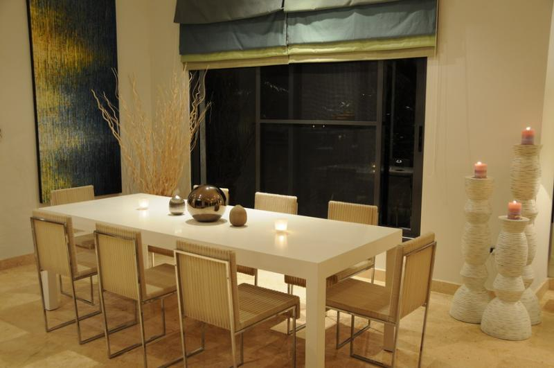 Dining table/chairs in lounge