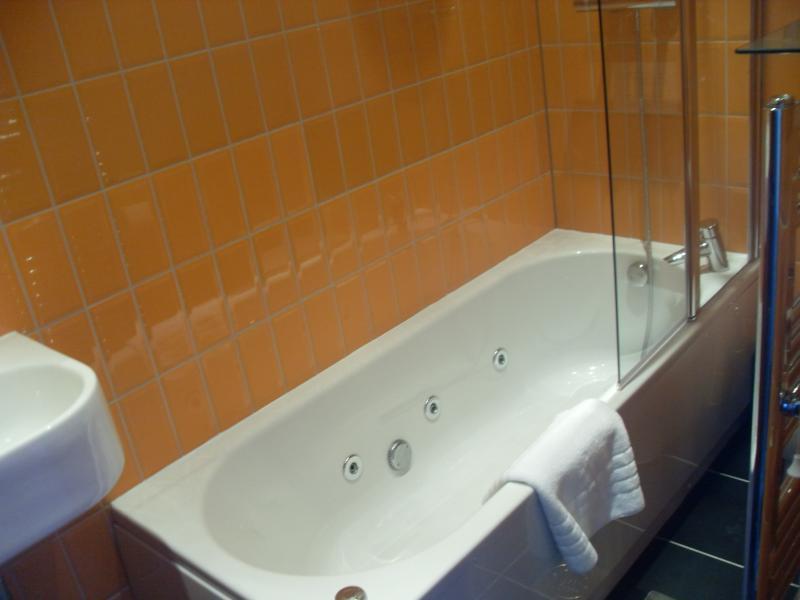 First floor bathroom with spa bath