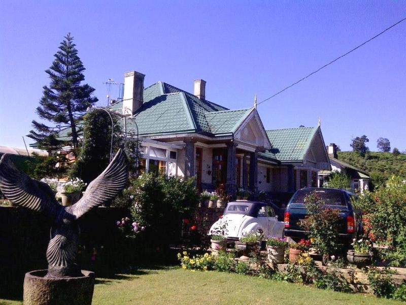 ROSELYNN MANOR Room C, vacation rental in Nuwara Eliya