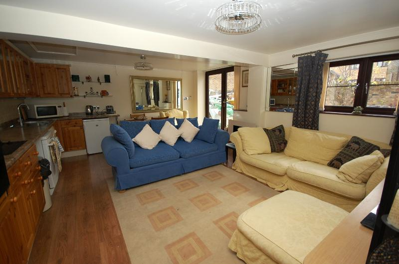 Bell Place, holiday rental in Broxbourne
