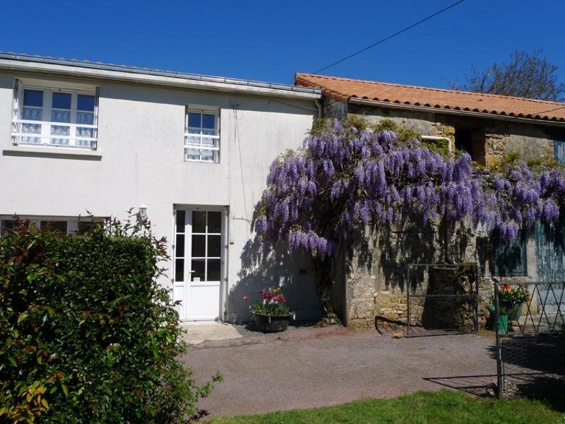 Le Gite Tranquille, casa vacanza a La Chapelle-Themer