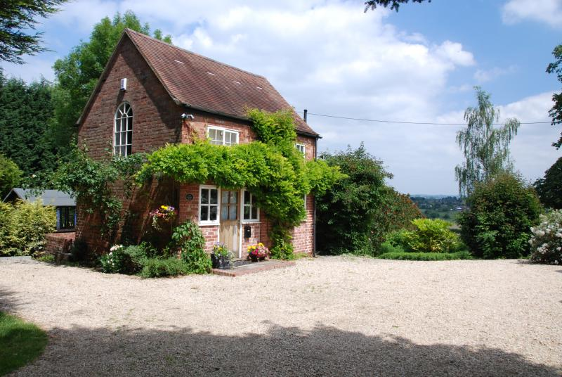 The Grooms House in fantastic countryside