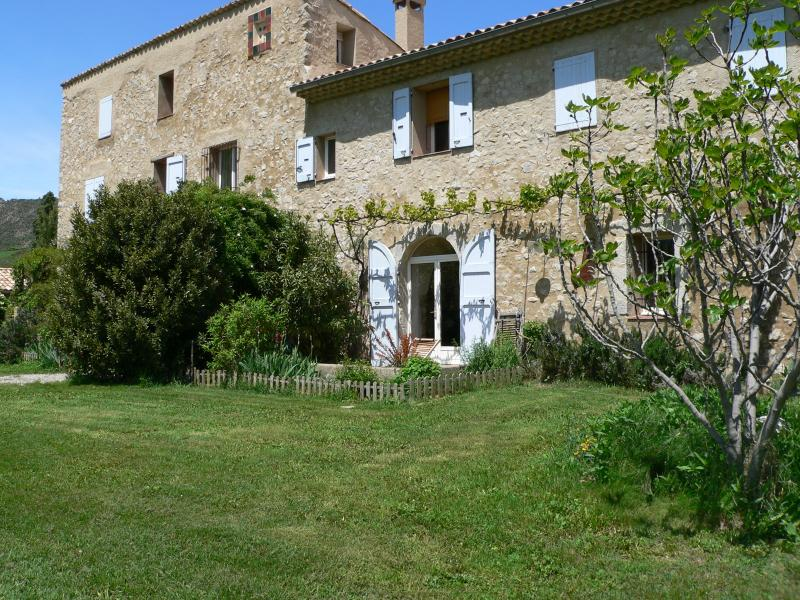 Le Mas de l'Olmo, vacation rental in Alpes-de-Haute-Provence