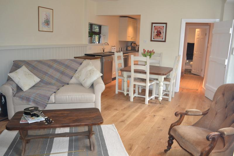 Make yourself at home in the Coach House. Detached accommodation in the grounds of Tresco House.