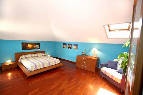 Family Room - Blue Room (max 4 persone)