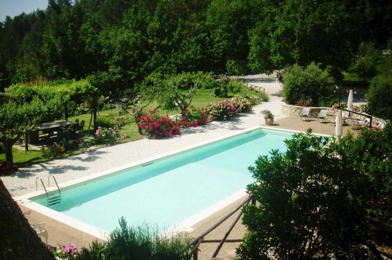 The Nest, lovely cottage with pool, vacation rental in Spoleto