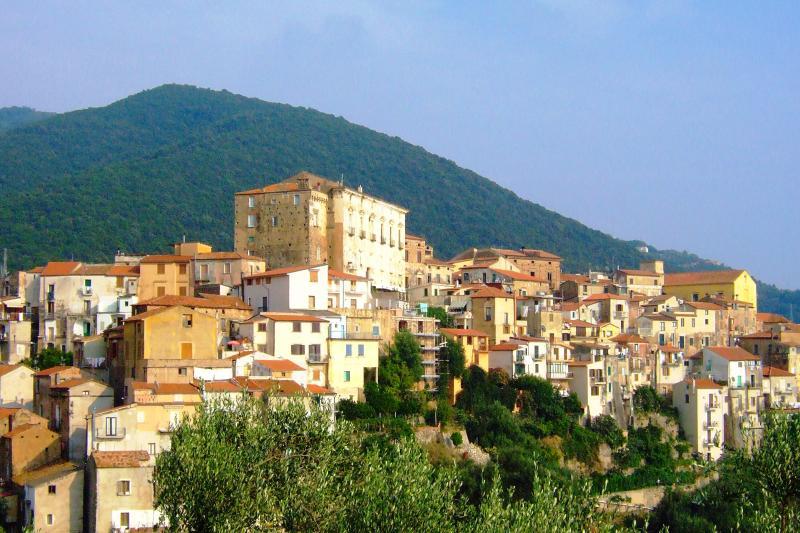 PISCIOTTA (3 KM FAR AWAY FROM VILLA CECILIA)