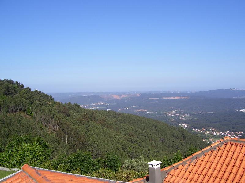 Casa no Ceu (House in the Sky), vacation rental in Castanheira de Pera