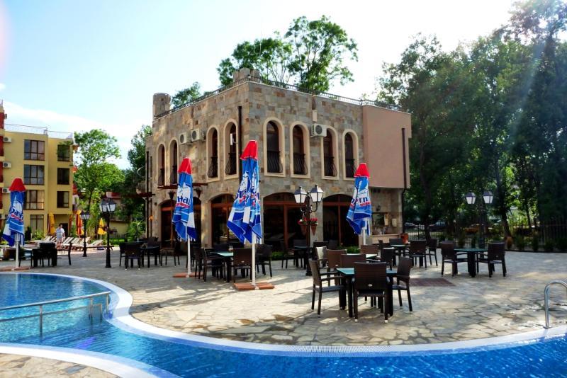 Restaurant et Bar extérieur