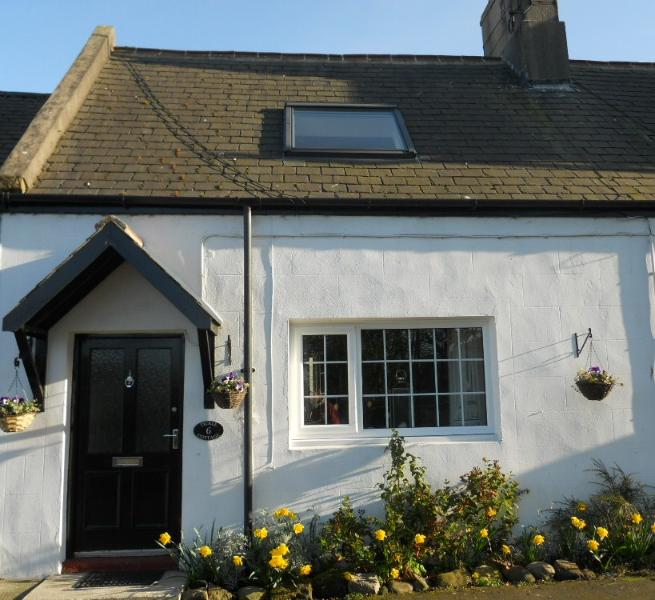 Tickle Cottage, holiday rental in Beadnell