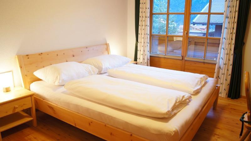 Bedroom, green