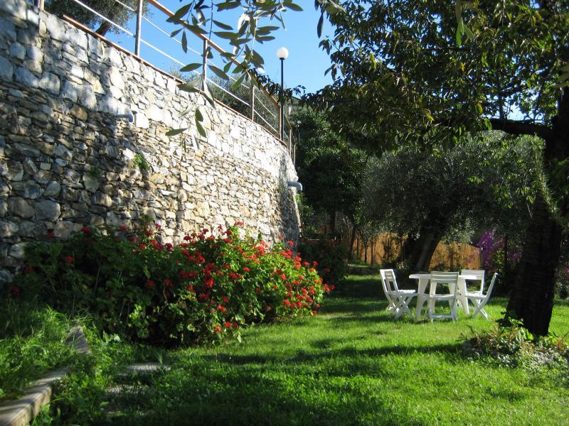 Garden Lodge (010015-LT-0279), vakantiewoning in Mezzanego