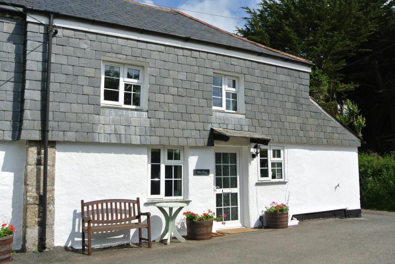 Merlins Cottage Summer