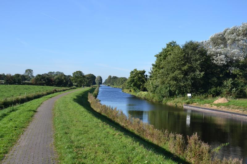 ... Emden, el lugar de nacimiento de Otto Waalkes. Ve con nosotros