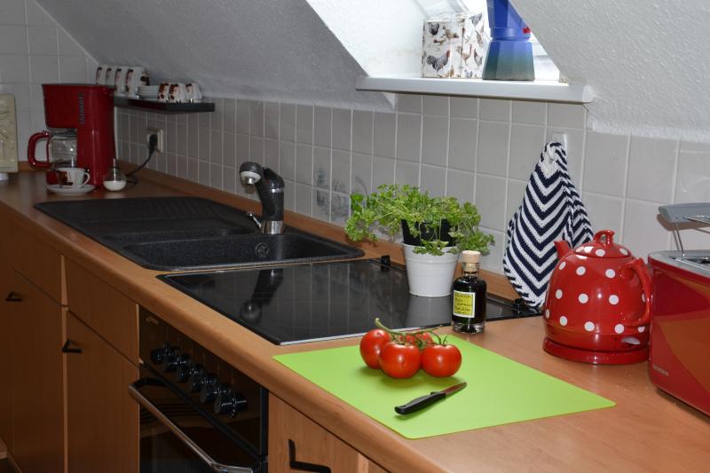 Una pequeña mirada en la cocina.
