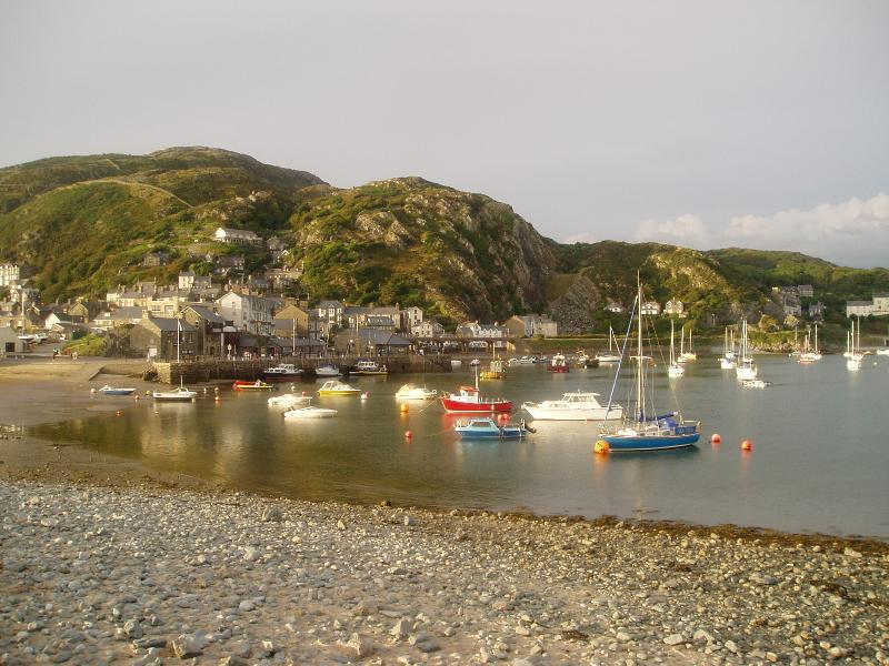 Barmouth and its boats