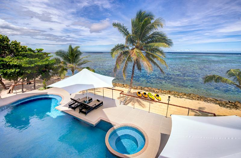LomaniWai Luxurious All-inclusive Beachfront Villa, alquiler vacacional en Coral Coast