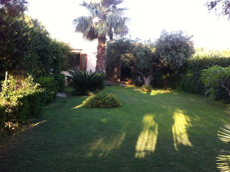 Villa a Sant' Andrea, holiday rental in Casa Milazzo
