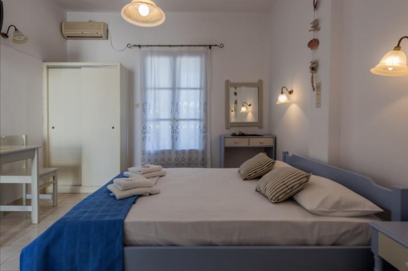 Arokaria Dreams Studio, holiday rental in Naoussa