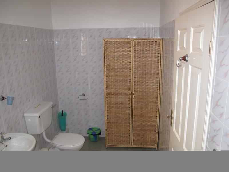 Bathroom toilette