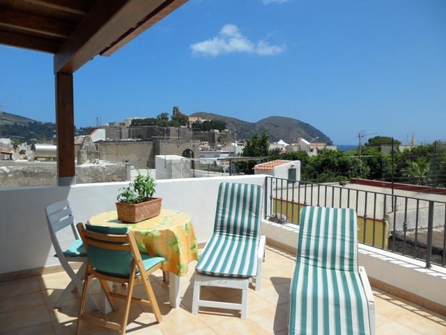 Malvasia 70 - Holiday home in Lipari center, vacation rental in Aeolian Islands