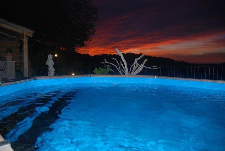 piscina de la capa del sol
