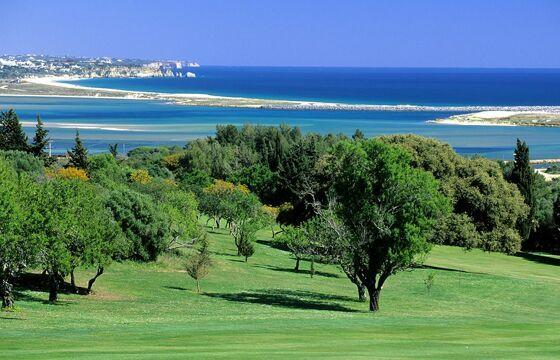 Nearby Palmares 18 Hole Golf Course