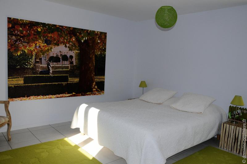 chambre double jardin au carré, holiday rental in Seillac