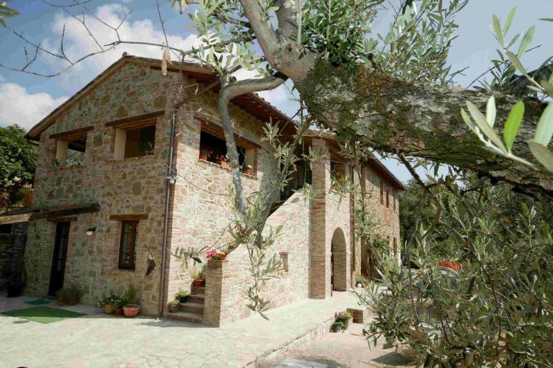 Casa Fontana Umbria -Mimosa, vacation rental in Colle San Paolo