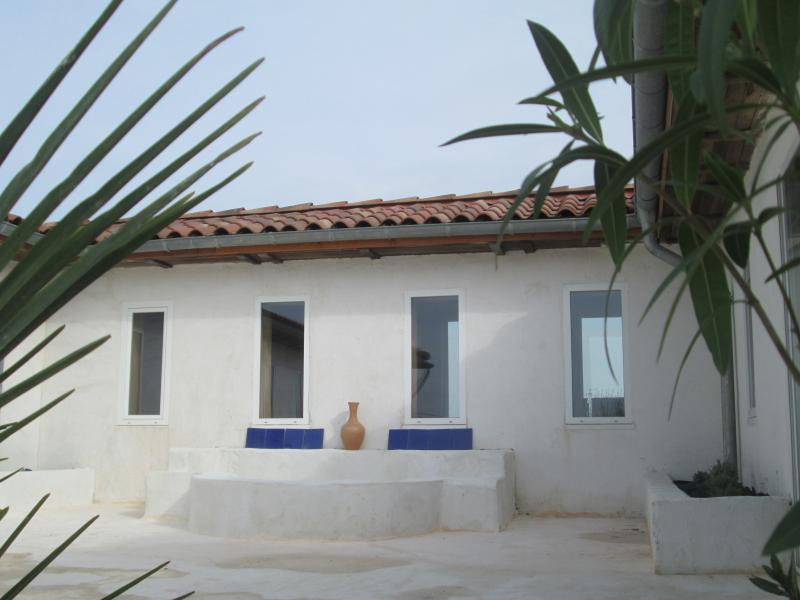 Villa Blanche Gers Exotique, vakantiewoning in Monguilhem