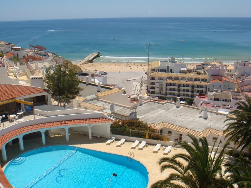 Vue depuis votre balcon - 5 minutes à pied de plage & ville