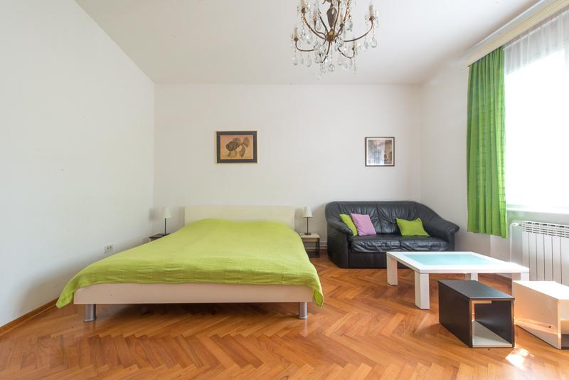 'Bright and Cozy' 55m2 Central, vacation rental in Zagreb