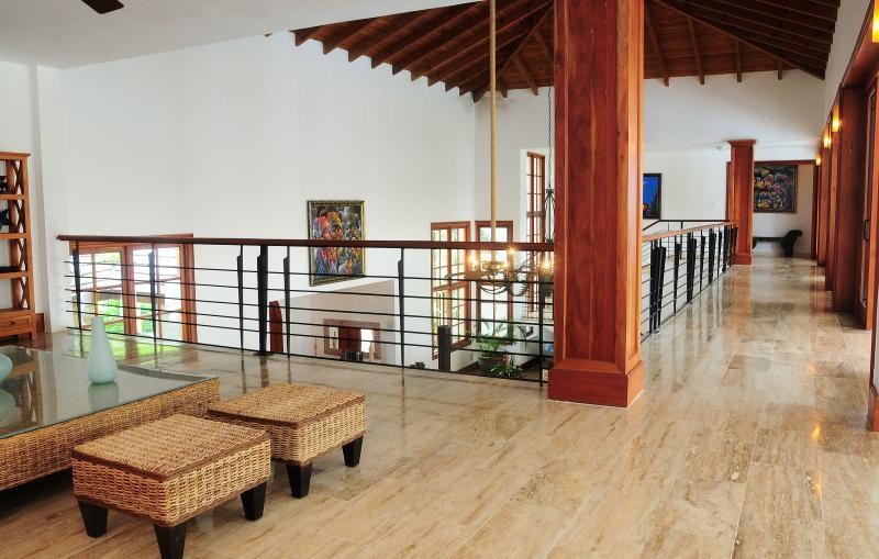 Main rum Hall