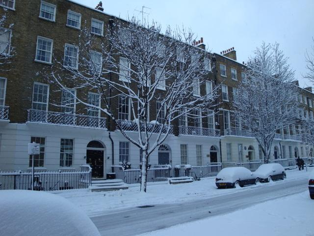 John Street, Bloomsbury - 2 February 2009. It doesn't snow heavily like this in London very often.